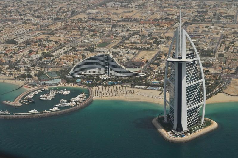 Dubai is the second most popular luxury travel destination of 2017. Source: unsplash prostoroman