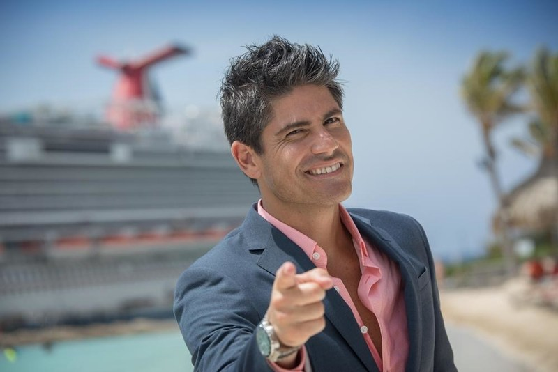 """La Gran Sorpresa"" is hosted by award-winning television personality Poncho de Anda."