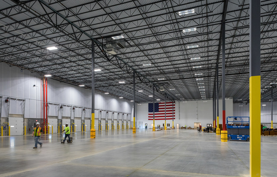 The 432,000-square-foot Class-A pharmaceutical warehouse that includes 38 foot clear height temperature controlled warehouse, ESFR sprinkler system, 42 loading docks, one drive-in door, an expansion pad adjacent to the building, 101 trailer spaces and 94 auto spaces.