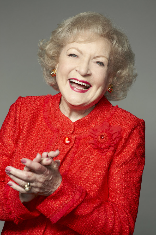 Comedic Icon Betty White Set to Receive ICG Publicists' Lifetime Achievement Award