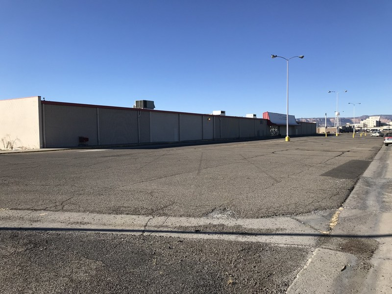 U-Haul will soon present a contemporary self-storage facility at 2809 North Ave. in Grand Junction thanks to the recent acquisition of a former Kmart® store. U-Haul® acquired the 85,485-square-foot strip mall facility on Dec. 7.