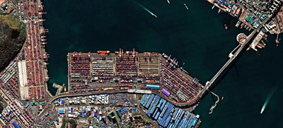 Deimos-2 image of Busan Port, South Korea (CNW Group/UrtheCast Corp.)
