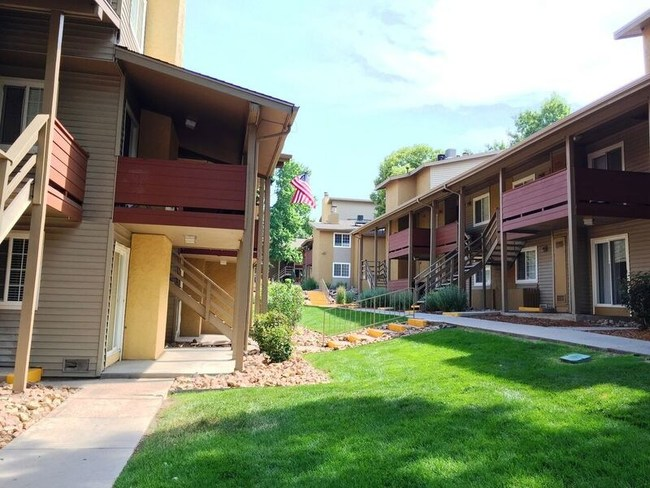 The Lodge at 84th - Federal Heights, CO