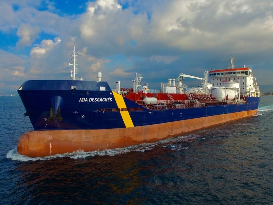 Desgagnés Takes Delivery of the M/T Mia Desgagnés - The Sixth Acquisition of 2017 - Another First in Canada and Worldwide! (CNW Group/Groupe Desgagnés inc.)