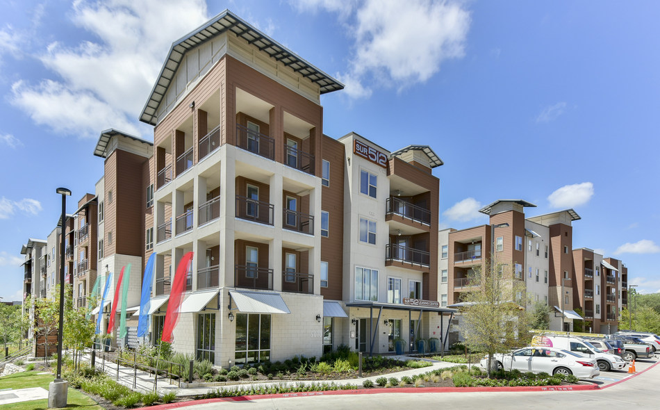JPI, a leader in the development of Class A multifamily housing, announced the sale of Sur 512.
