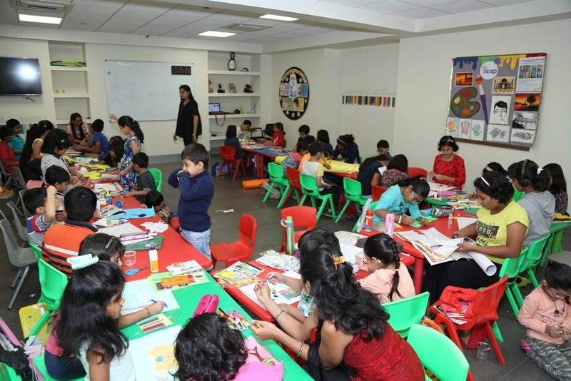 Fun workshop - I SUPERSTAR was presented by Psychologist Dr Poonam Ganu Kage, early child educator Ms Bhavana Ganu (PRNewsfoto/Rustomjee)