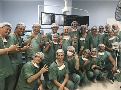Première implantation clinique réussie de la valve pulmonaire implantée par cathéter VenusP-Valve au Brésil (PRNewsfoto/Venus Medtech (Hangzhou) Inc.)