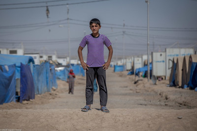 L'UNICEF déploie plusieurs activités sur le site d'urgence de la piste d'atterrissage de Qayara et dans les camps de Jeddah à environ 70 km au sud de Mossoul . Les familles qui se trouvent dans ces camps ont été déplacées de plusieurs régions du nord de l'Iraq depuis 2016. © UNICEF/UN0136463/Anmar (Groupe CNW/UNICEF Canada)