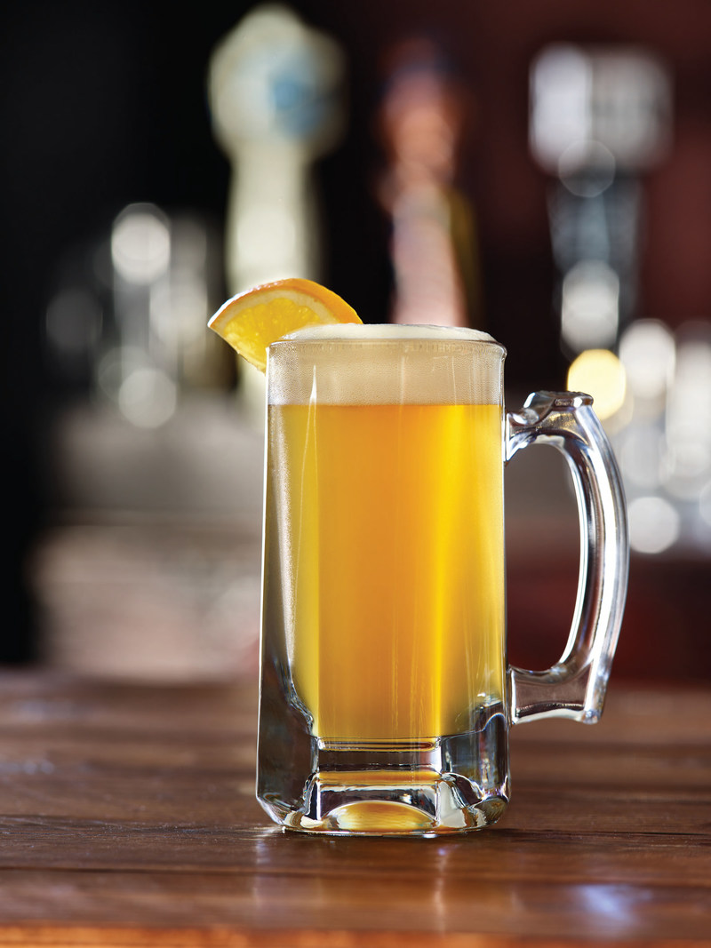 Applebee's is introducing another great Neighborhood Drink offer to help guests kick off the New Year – the 2 DOLLAR Blue Moon®. Starting Jan. 1, 2018, guests can enjoy a 10-ounce draft of crisp, refreshing Blue Moon, the country's best-selling wheat ale, for only $2.