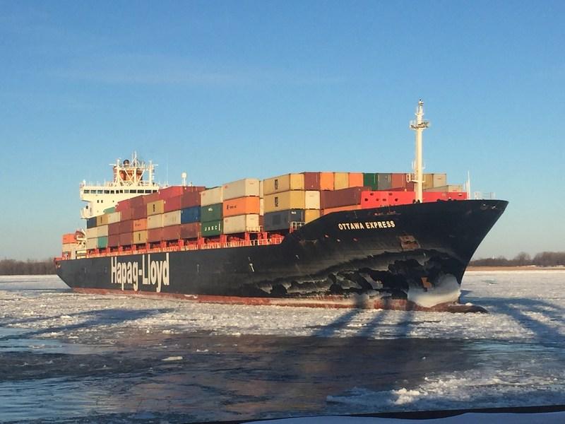 L'Ottawa Express : premier navire océanique à avoir atteint le Port de Montréal sans escale en 2018. (Groupe CNW/Administration portuaire de Montréal)