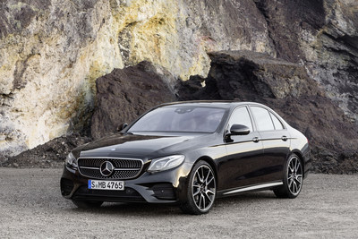 The number of Mercedes-AMG C 43 4MATIC Sedans retailed grew by 10.7%, while the new Mercedes-AMG E 43 4MATIC Sedan proved very popular with consumers as well. (CNW Group/Mercedes-Benz Canada Inc.)