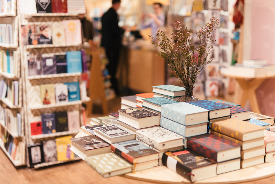 Waterstones - the UK's leading high street bookseller - has extended its long-term partnership with Unipart Logistics for an additional five years. (PRNewsfoto/Unipart Group)