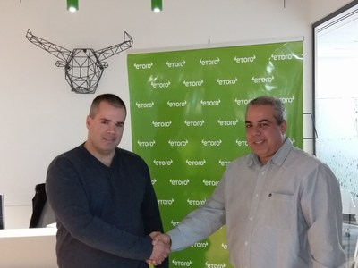 Gil Nizri, CEO of DMway analytics (on the right side) and Nir Shmulevitz, VP of marketing eToro