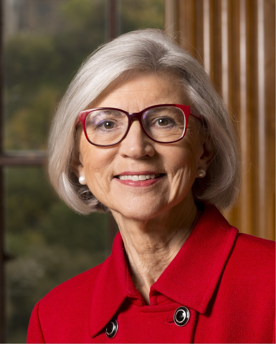 Beverley McLachlin (photo by Jean-Marc Carisse) (CNW Group/Simon and Schuster Canada)