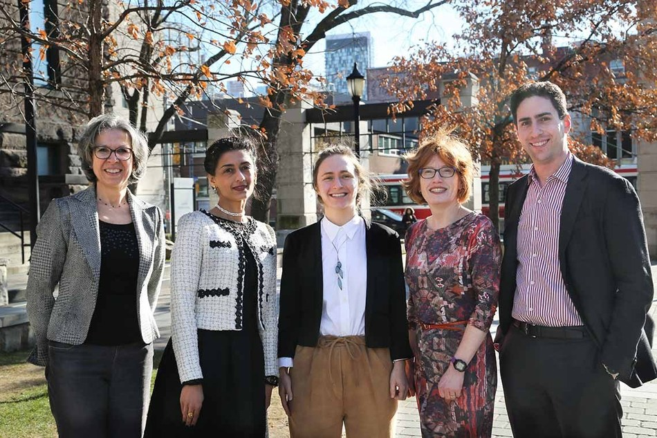 University of Toronto Faculty of Applied Science & Engineering. From left to right: Brenda McCabe, Daman Panesar, Shoshanna Saxe, Heather MacLean, Daniel Posen. (CNW Group/EllisDon Corporation)