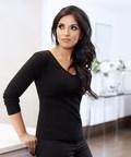 Farah Naz, founder of EX1 Cosmetics (PRNewsfoto/EX1 Cosmetics)