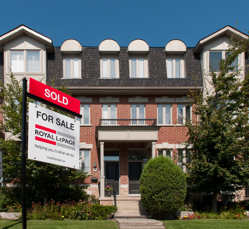 Fourth Quarter Housing Market Trends Seal 2017 as 'the Year of the Condo' (CNW Group/Royal LePage Real Estate Services)