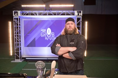 Former New York Jets Center Nick Mangold, winner of PepsiCo's Game Day Grub Match