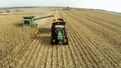 Smart Ag, a technology company based in Ames, Iowa has introduced the first cloud-based driverless tractor platform.