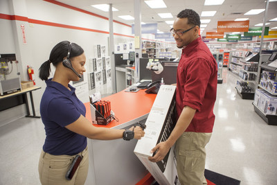 Honeywell's Connected Retail Solution is a hardware and software system that improves a worker's efficiency by using a directed-work approach to complete tasks like order picking, stocking shelves and counting inventory.