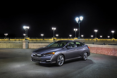 Honda Clarity Series and CR-V Honored as the Most Innovative Car and SUV By 2018 Edmunds CES Tech Driven Awards
