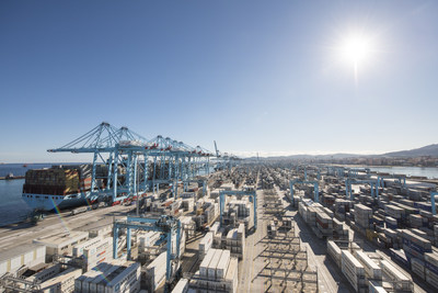 Traditional cross-border shipping processes usually involve manually transporting and verifying paper documents for each shipment. IBM and Maersk are forming a joint venture to use blockchain technology to make global trade more efficient, transparent and secure. Credit: Maersk.