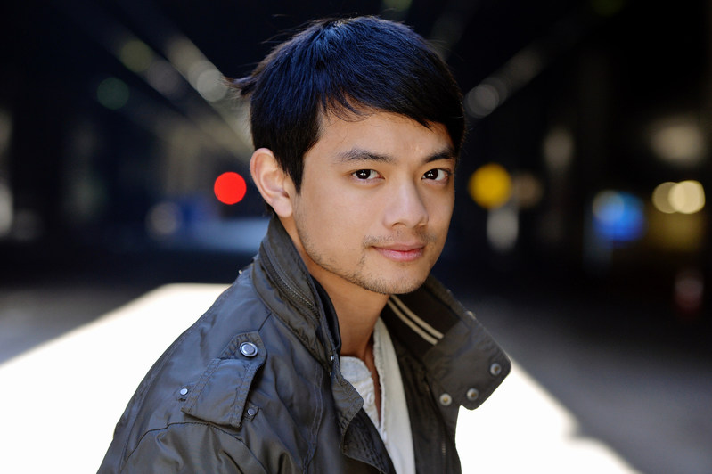Actor and SUPERNATURAL star Osric Chau launched a custom app today in collaboration with escapex that breaks new ground in celebrity-fan engagement.