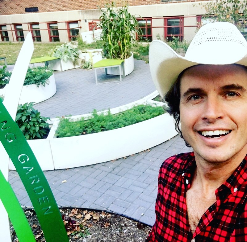 Entrepreneur and philanthropist Kimbal Musk is the Co-Founder and CEO of Big Green, a national nonprofit dedicated to building a healthier future for kids