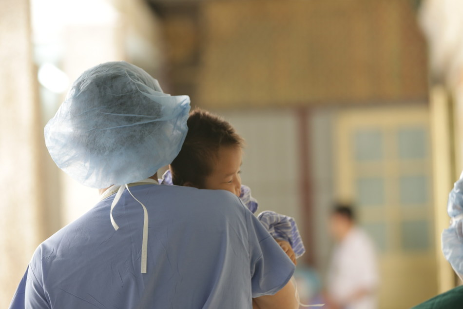 RealSelf grant supports medical humanitarians focused on giving back abroad.