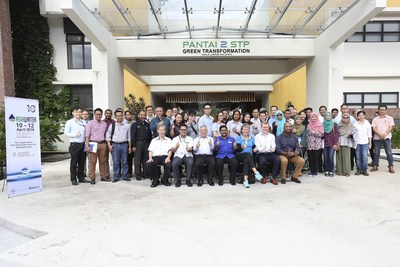ASIAWATER 2018 participants together with Indah Water Konsortium and UBM Malaysia.