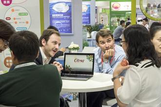 Business meetings onsite at Hi China (PRNewsfoto/UBM)