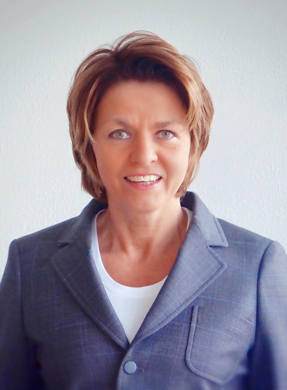 Venesa Hoffmann, Vice President Business Development & Operations, EMEA