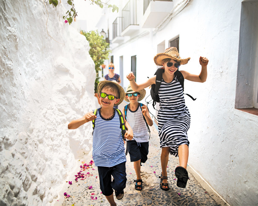 Family Getaway (CNW Group/Air Canada Vacations)