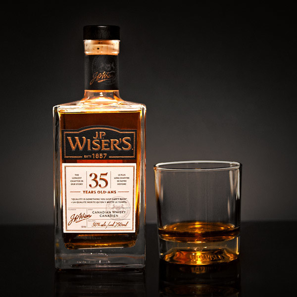 J.P. Wiser's 35 Year Old awarded Canadian Whisky of the Year (CNW Group/Corby Spirit and Wine Communications)