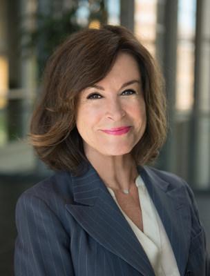 Danielle Eugénie Cloutier, ARP (Groupe CNW/Société canadienne des relations publiques)