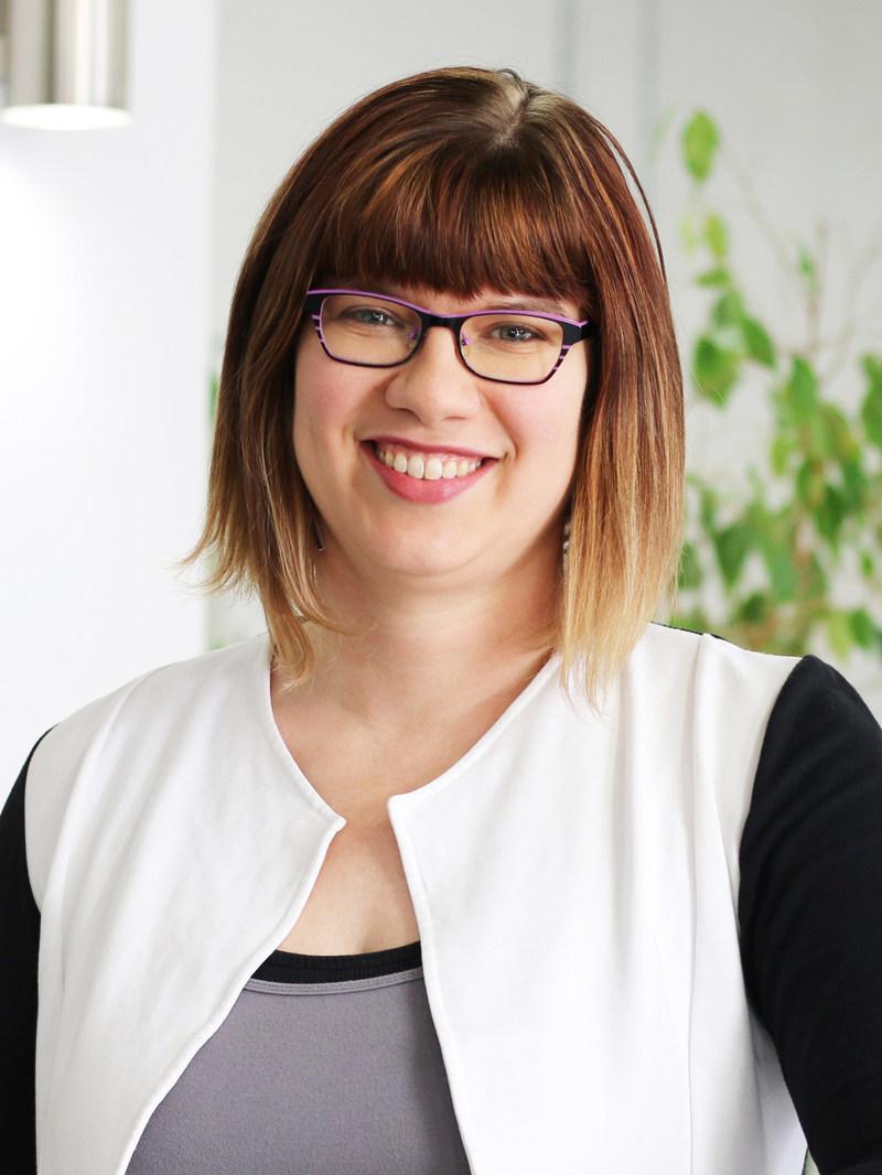 Hilary Friesen, ARP (Groupe CNW/Société canadienne des relations publiques)
