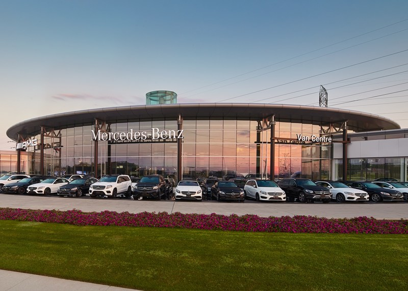 Mercedes-Benz Canada has named its 2018 Star Dealers: the top 11 dealers from across its national network of 59 retail operations. (CNW Group/Mercedes-Benz Canada Inc.)
