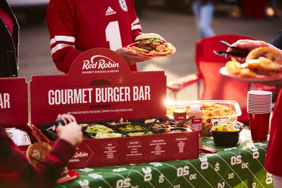 $0.55 EPS Expected for Red Robin Gourmet Burgers, Inc. (RRGB)