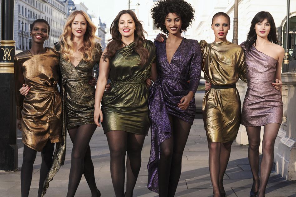 Revlon Live Boldly campaign (from left to right: model Achok Majak; new Revlon Brand Ambassadors Raquel Zimmermann, Ashley Graham, Imaan Hammam, Adwoa Aboah; model Rina Fukushi)