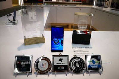 "Honor View10 ""Best of CES 2018"" awards"
