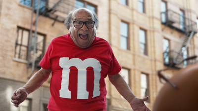 M&M'S® SPOKESCANDY TAKES ON HUMAN FORM IN NEW SUPER BOWL LII COMMERCIAL