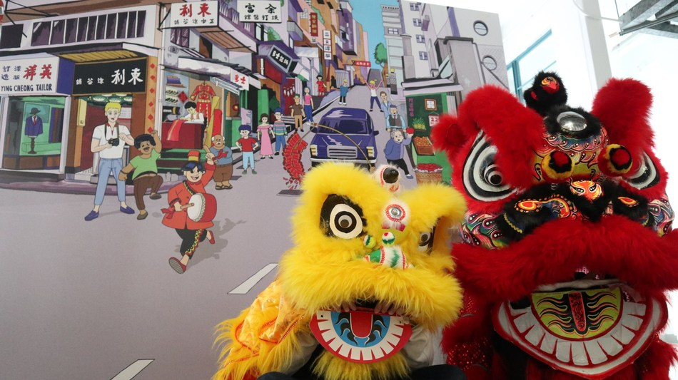 Lion Dance Parade: Lion dance, as a traditional performance, played a crucial role in the lives of old Hong Kong. In Asian culture, lion dance symbolises good luck and fortune, therefore it can be seen alongside the thunderous sound of firecrackers in various festive celebrations. Visitors are invited to experience the festive atmosphere by mimicking the lion dance and big Buddha using the props!