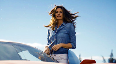 "Cindy Crawford in ""This Is The Pepsi"" 2018 ""Pepsi Generations"" TV Advertisement which will debut during Super Bowl LII"