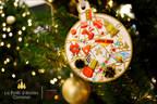 Vente de boules de Noël au profit d'Opération Enfant Soleil (Groupe CNW/FONDS DE PLACEMENT IMMOBILIER COMINAR)