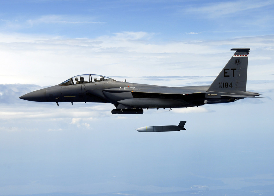 A U.S. Air Force F-15E Strike Eagle flies with a Joint Air-to-Surface Standoff Missile (JASSM). JASSM-Extended Range has more than two-and-a-half times the range of JASSM for greater standoff distance. Photo credit: U.S. Air Force.