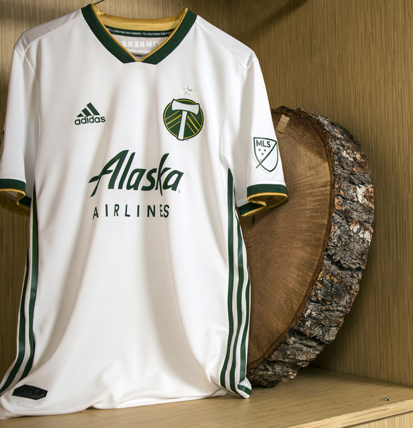 huge selection of 02c45 2ec61 Portland Timbers, Alaska Airlines announce renewal of jersey ...