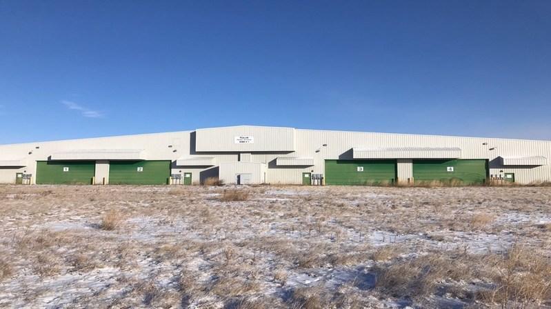 Lucky Lake Facility (CNW Group/Harvest One Cannabis Inc.)