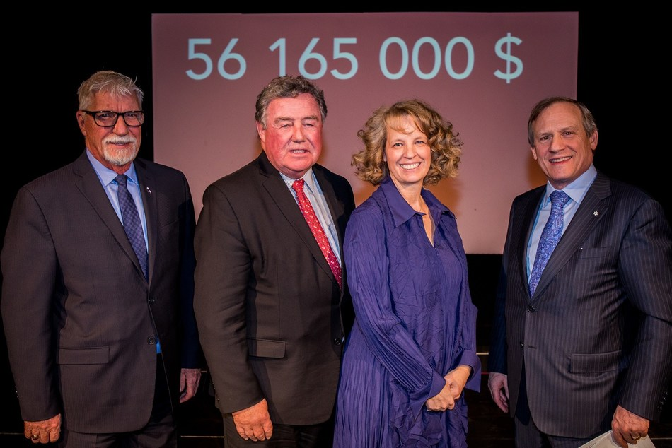 From left to right: Gilbert Dumas, City Councillor, Marc-Aurèle-Fortin district, City of Laval, James C. Cherry, Corporate Director, Lili-Anna Pereša, President and Executive Director, Centraide of Greater Montreal, and Louis Audet, President and CEO, Cogeco (CNW Group/Centraide of Greater Montreal)