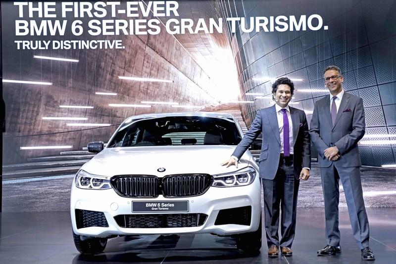 Mr. Sachin Tendulkar and Mr. Vikram Pawah with the first-ever BMW 6 Series Gran Turismo (PRNewsfoto/BMW India Private Limited)