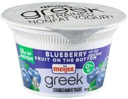 Meijer Greek Yogurt 0% Blueberry 5.3 oz.